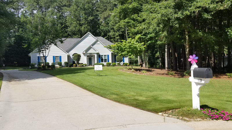 September 2018 Yard of the Month